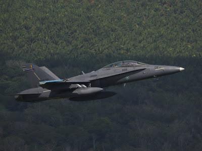 400x300xMalaysia_AIR_F-18D_Malaysian_Bersama_Shield_2010_lg.jpg.pagespeed.ic.SyMRaQALgG
